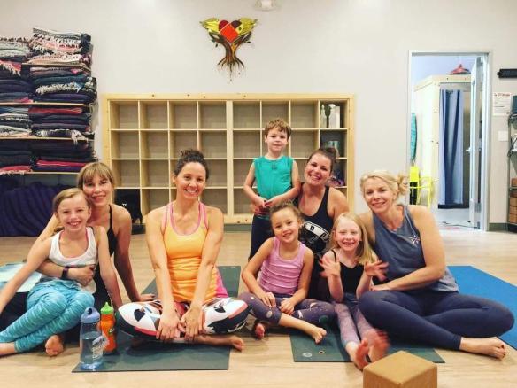 family yoga 4.jpg