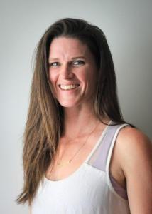 yoga teacher janae holmes